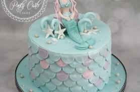 Pearly Mermaid Birthday Cake
