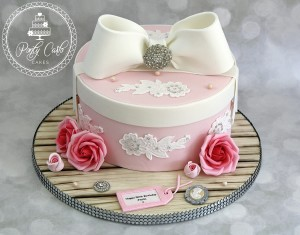 Vintage  Bow Hatbox With Roses And Swarovski Crystals Birthday Cake.