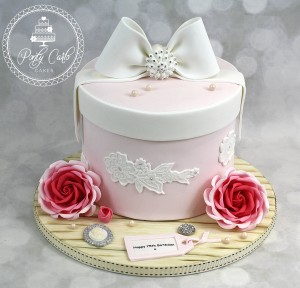 Vintage Hatbox Crystal Bow Birthday Cake With Roses.